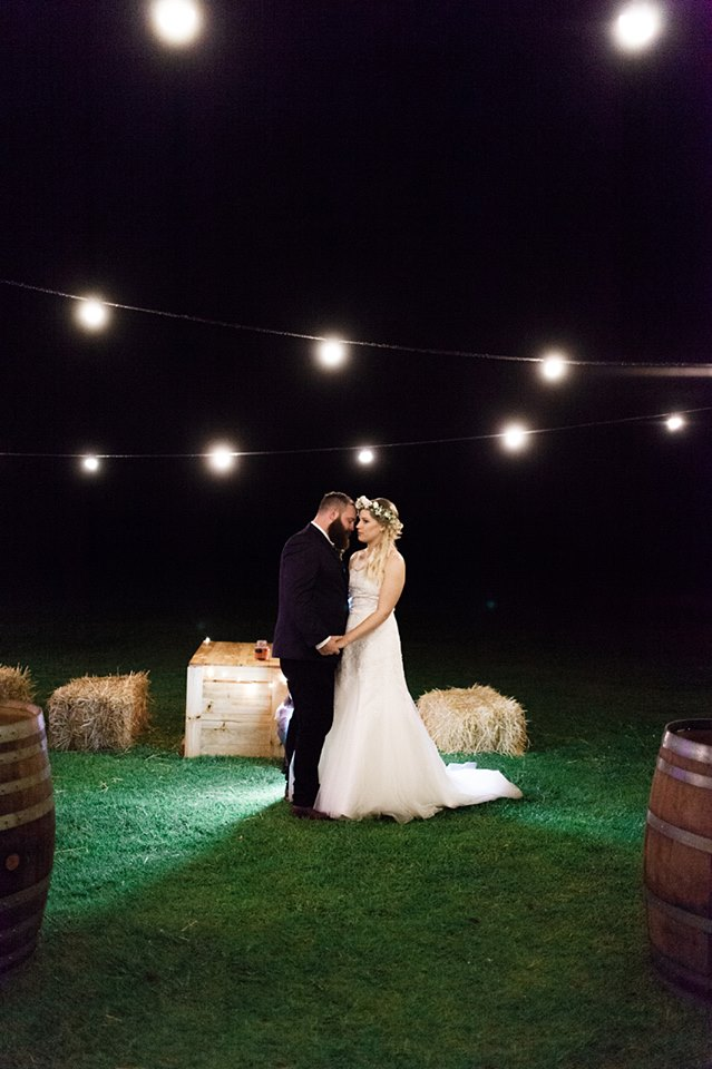 nikki-wedding-festoon-light-hire