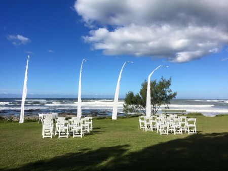 beachside-ceremony