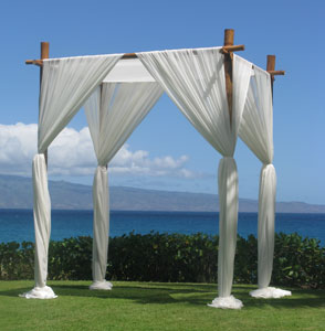 Bamboo wedding arbor for hire | Perry\'s Sunshine Coast Event Hire