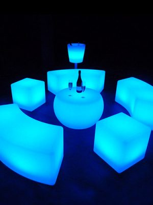 illuminated-LED-glow-LED-Bench-and-table-set