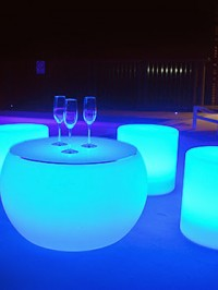 led-coffee-table-hire-GLOW-coffee-table-hire