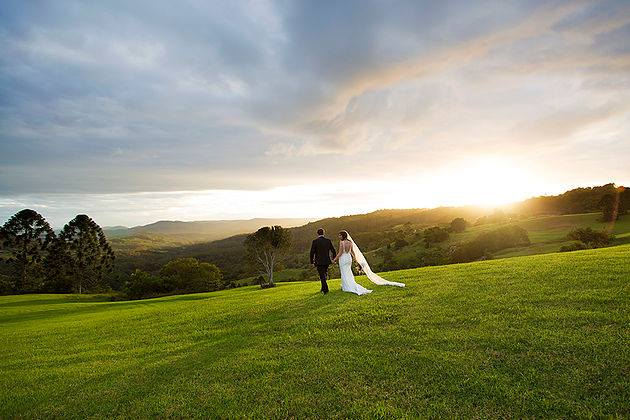 perrys-hire-old-dairy-maleny-wedding-1