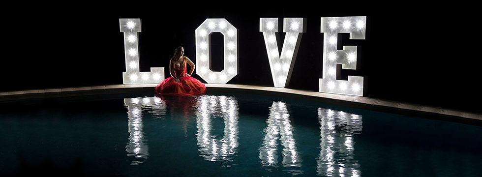 light-up-LOVE-letters