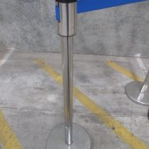 retractable barrier system bollards